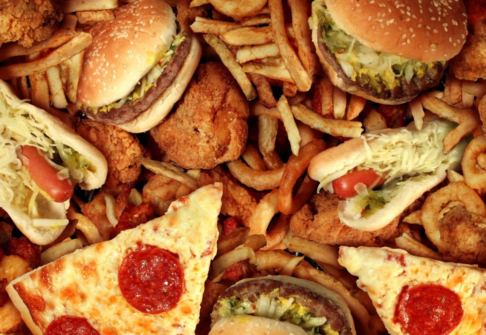 Should states ban junk food in schools?
